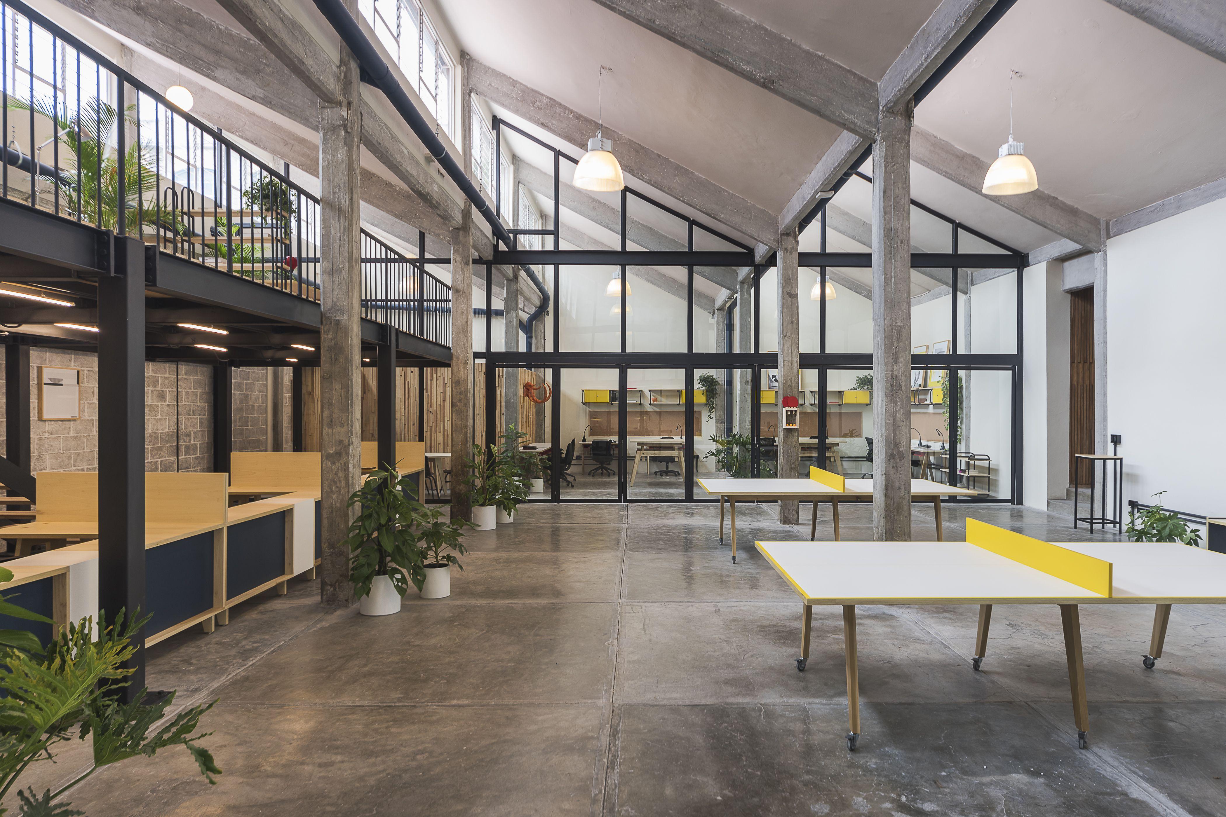 Oficinas guateque estudio atemporal edificio for Oficina y denuncia comentario