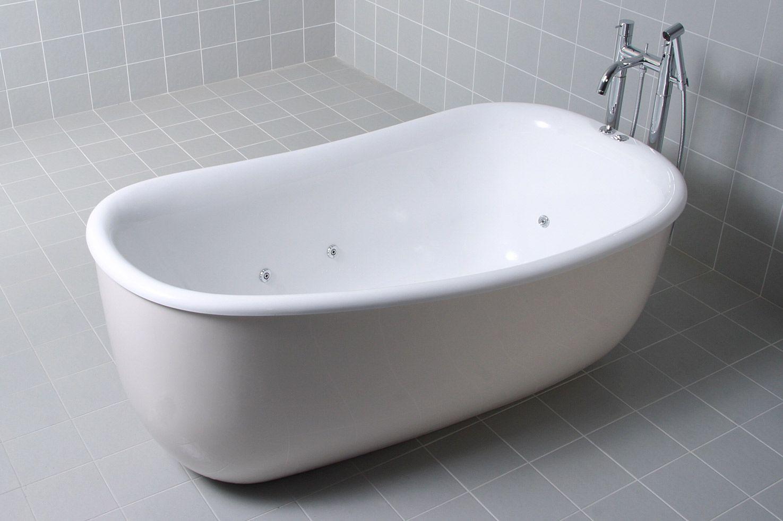 The AQVA Tivoli 1500 Freestanding Spa Bath http://www.aqva.com.au ...