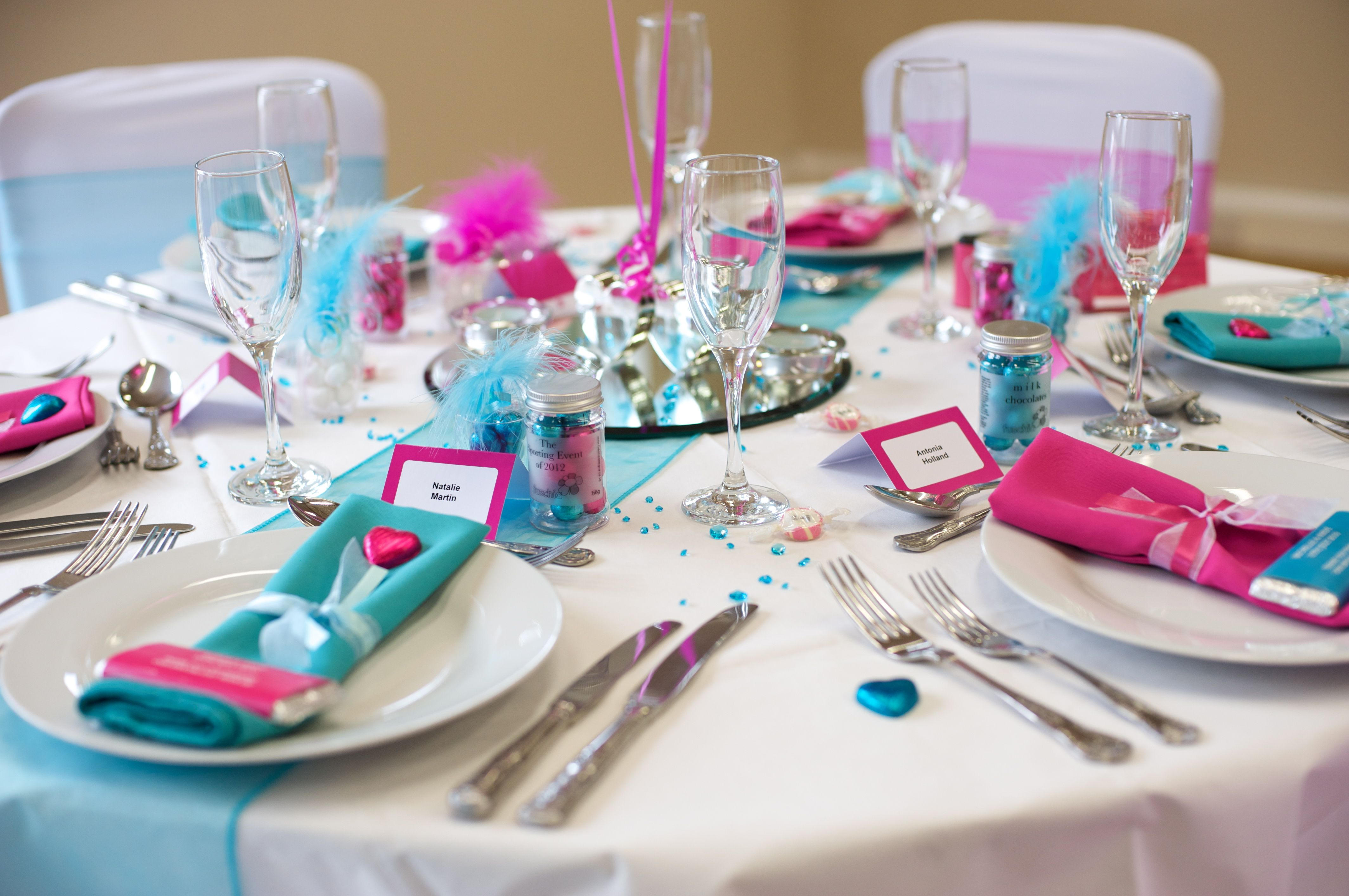 Turquoise Fuchsia Wedding: Wedding Linens With Teal And Fuschia