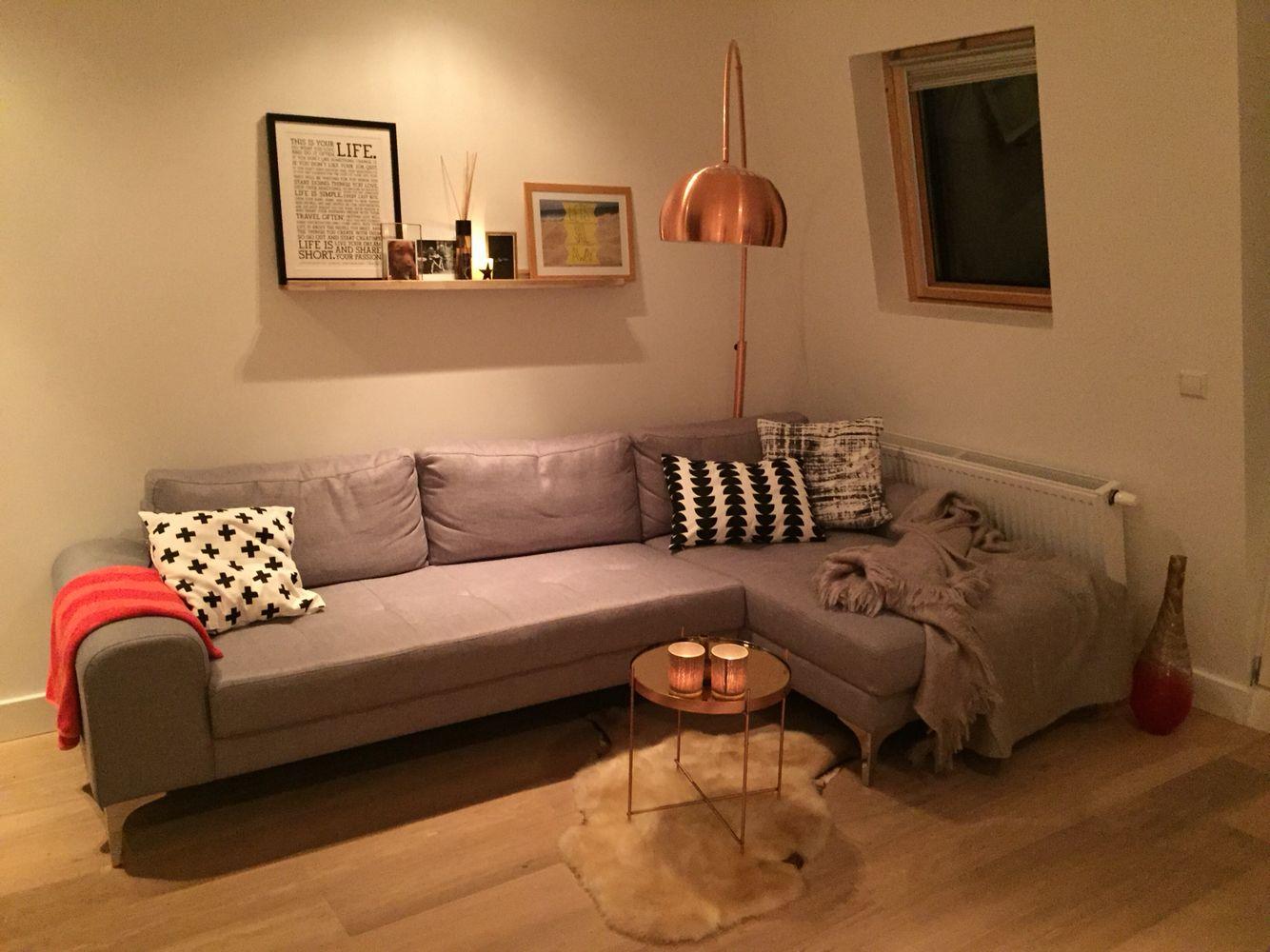 House Doctor Kussen : Living room woonkamer koper accenten copper holstee manifesto