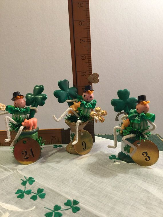 St. Patricks Day Pipecleaner Figurine Clover by DaffodilLaneStudio