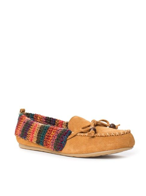 Cozy and comfy, stay warm this season with our moccasin-inspired slip on.  Pair with your favorite skinny jean and textured sweater.
