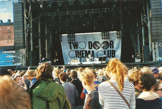 Two Door Cinema Club With Images Two Door Cinema Club Indie Music Cinema