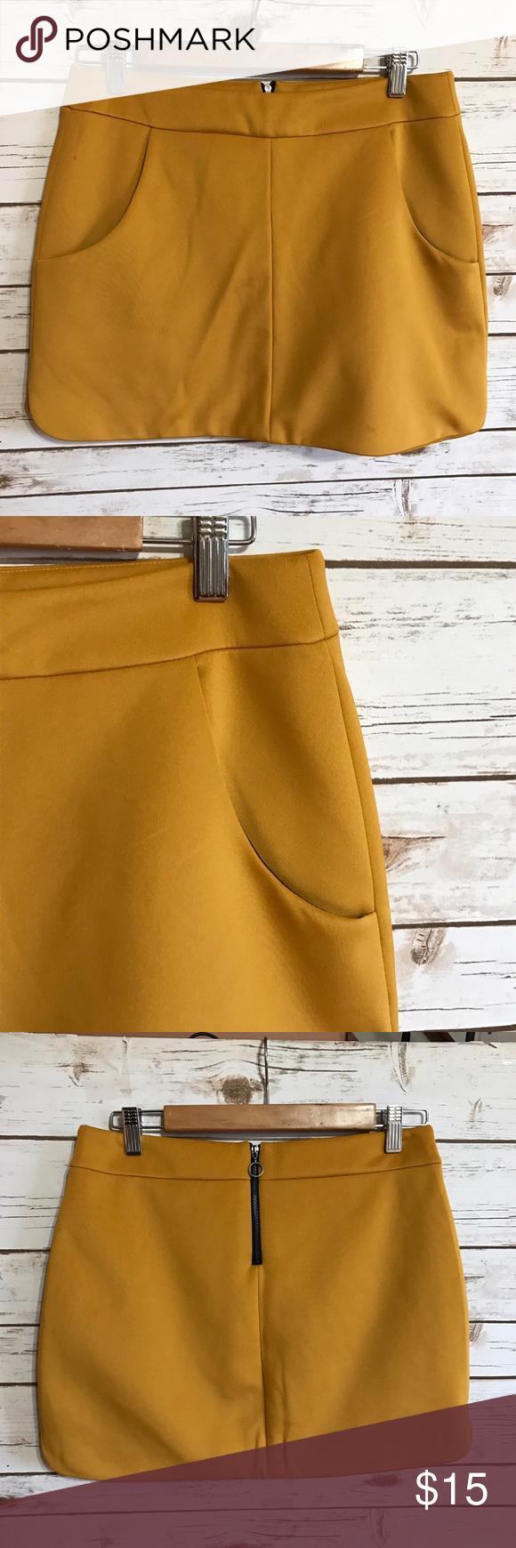 ZARA COLLECTION mustard gold scuba skirt 🦄 Size medium. 🦄 Zara Skirts