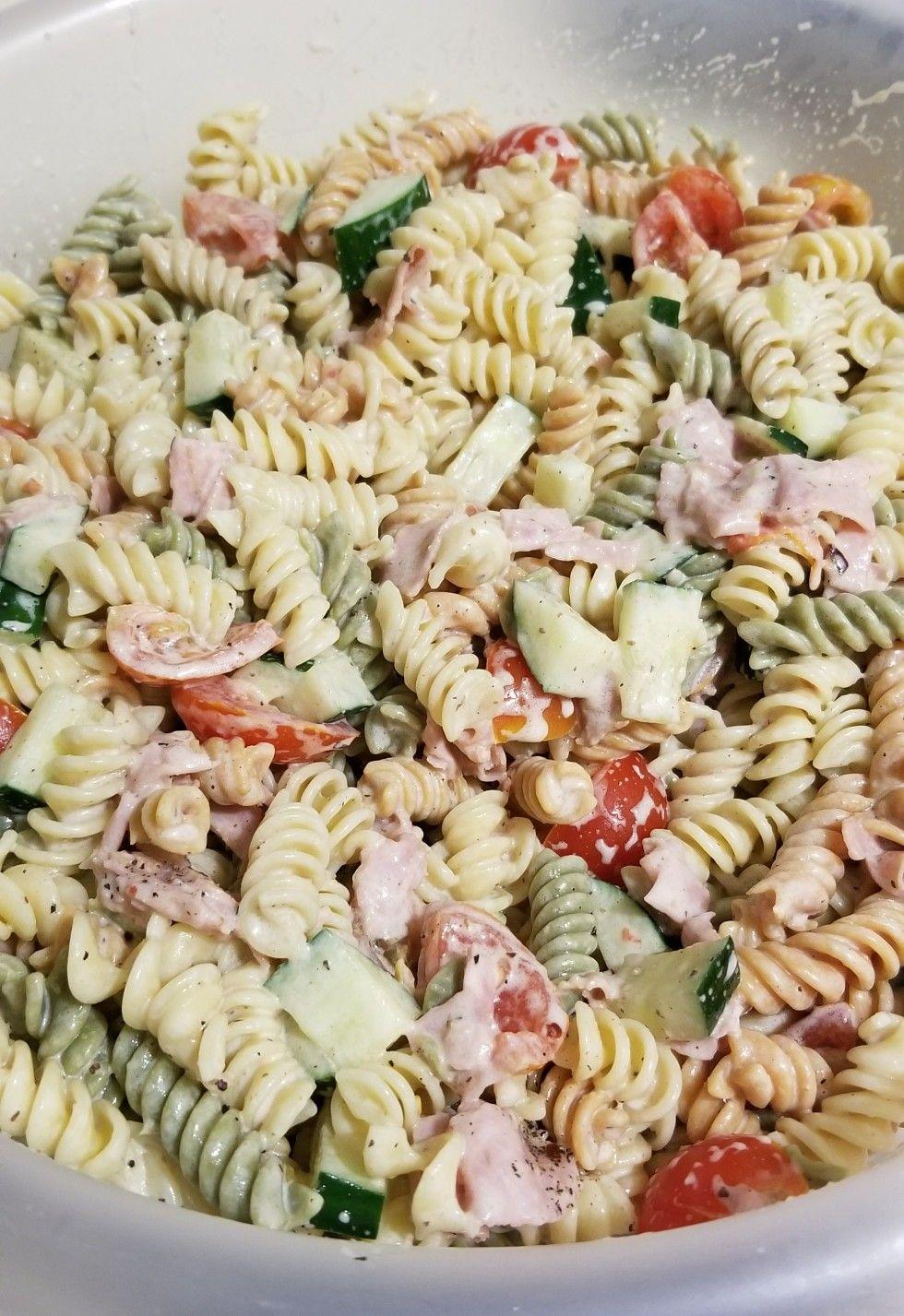 Pasta Salad Pasta Tomatoes Cucumbers Ham Pepper And Ranch Italian Dressing Pasta Salad Pasta Salad Recipes Easy Pasta Salad Recipe