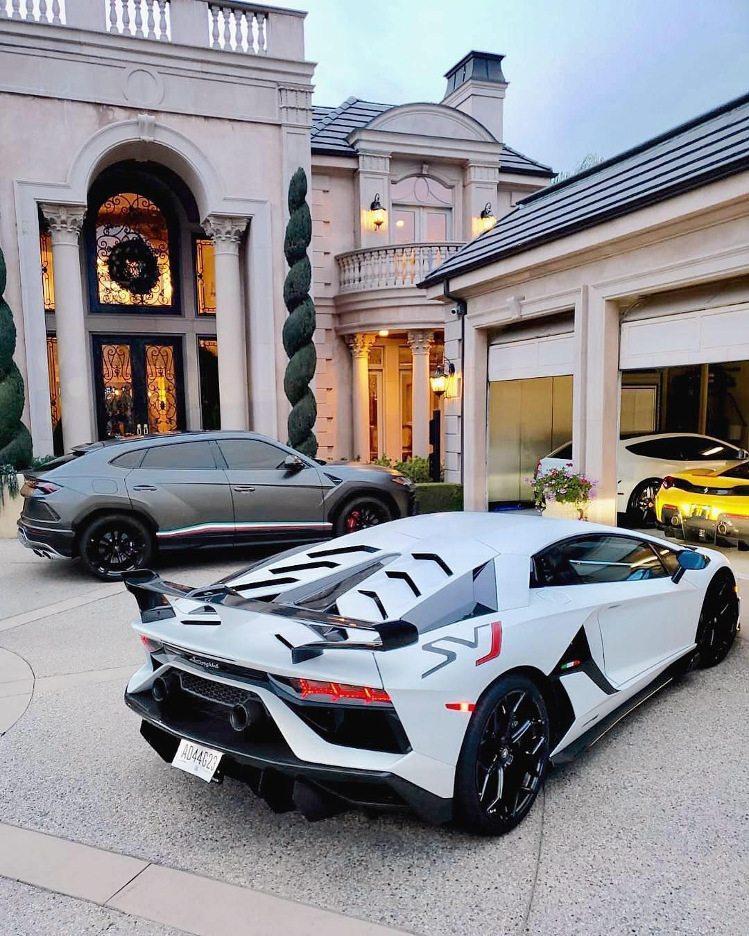 Billionaire Avenues Luxury On Instagram Driveway Goals Who Can Name All 4 Cars Tag Someone That Needs To See Luxury Cars Luxury Dream Cars