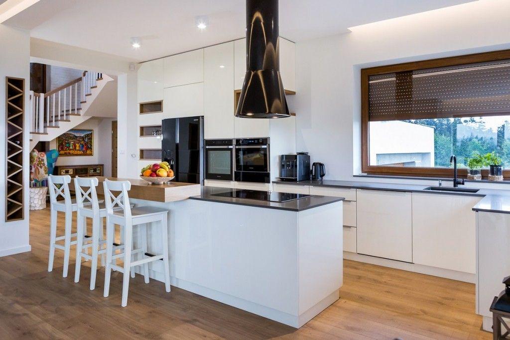 High Gloss And Laminate Kitchen Laminate Kitchen Design Home Decor