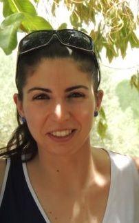 """Silvia Hernández es una alumna de nuestra Escuela y ha esta es su opinión. Espero que os ayude.  """"Tengo la suerte de formar parte de la Escuela Internacional de Naturopatía. Soy alumna desde hace casi un año y a la vez que aprendes y te formas como naturópata, o en cualquiera de las"""