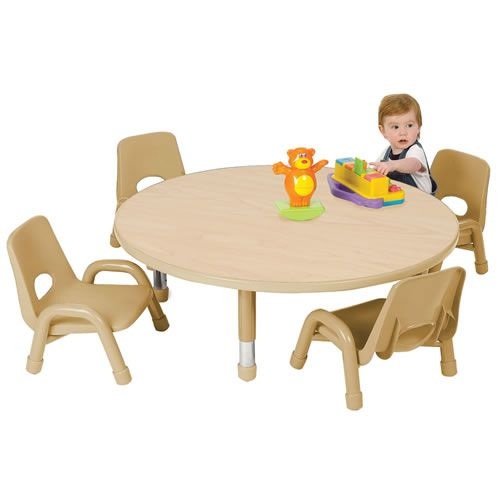 Wide Round Kids Table And Chairs Using Low Legs In Brown Color For Spacious  Play Room