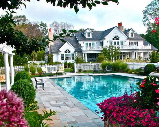 ❤️Gorgeous backyard patio & pool