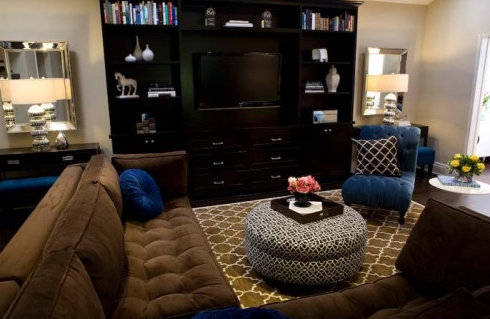Cobalt Blue Chocolate Brown Living Room Design With Pottery Barn