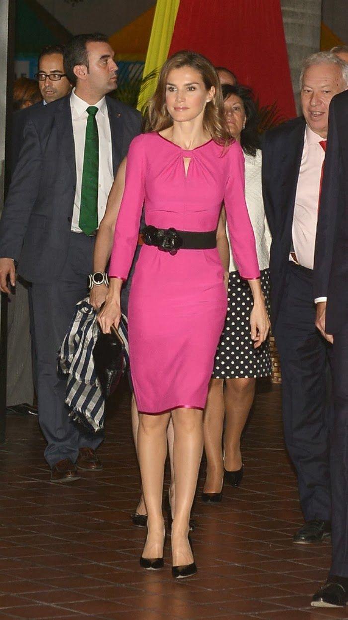 Nov 17, 2013 ~ Princess Letizia attended the Miami Book Fair ...