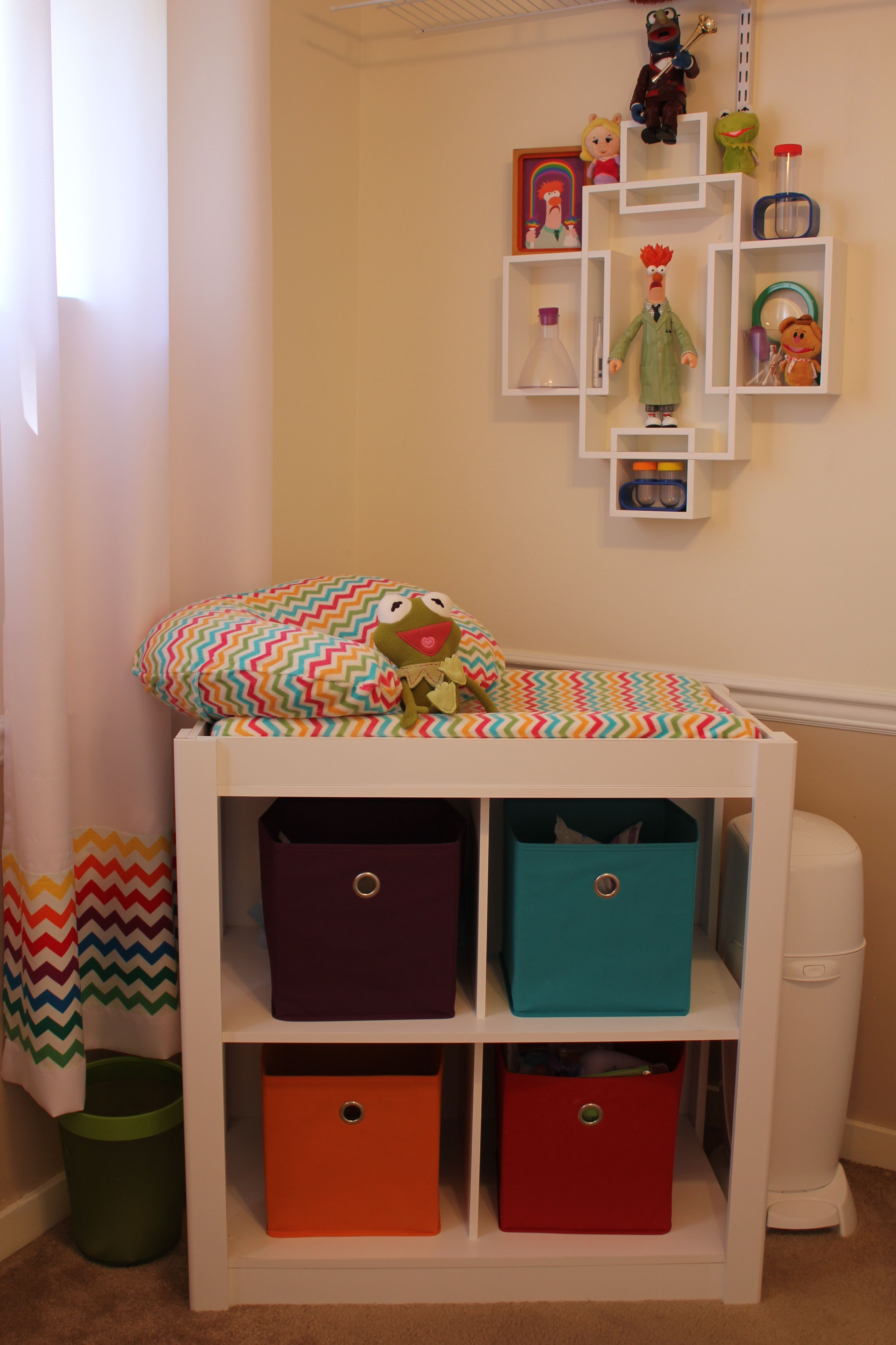 Muppet Nursery, Muppet Labs Changing Station (Rainbow Chevron Fabric Sewn