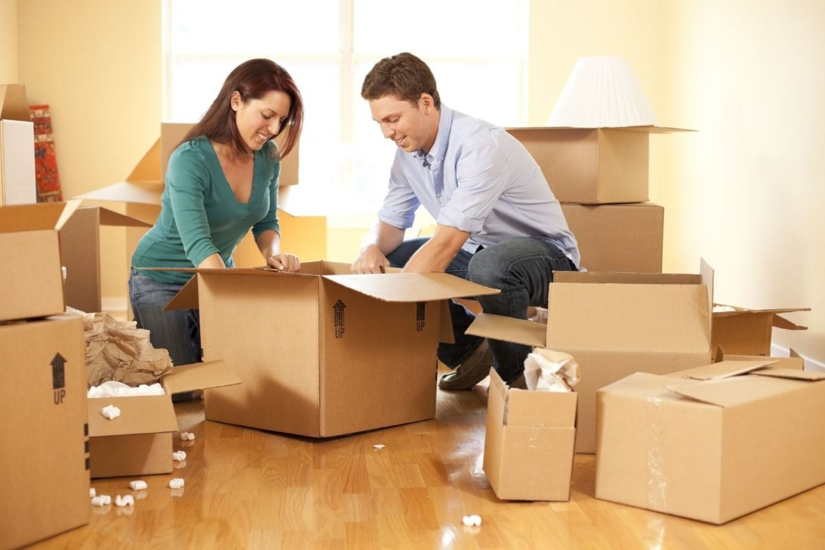 Benefits of Hiring Furniture Removals in London House