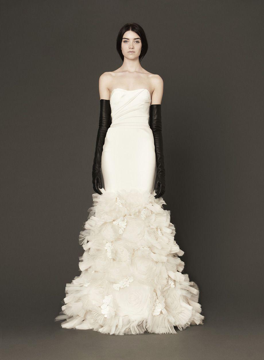 Incredible ruffled Vera Wang wedding dress, new to select ...