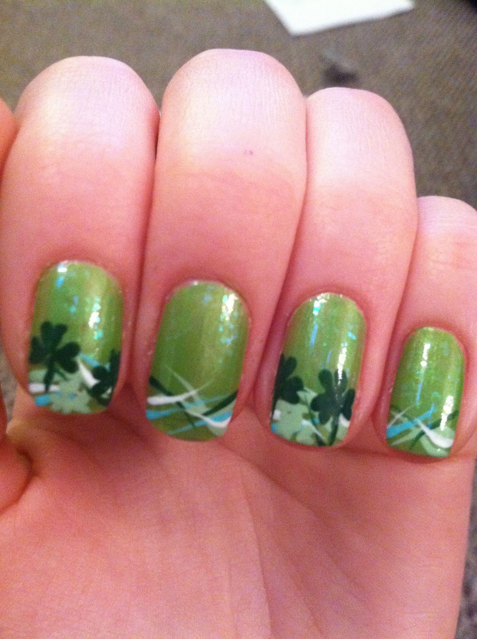 St. Patrick\'s day nails | Work | Pinterest | Decoración de uñas y ...