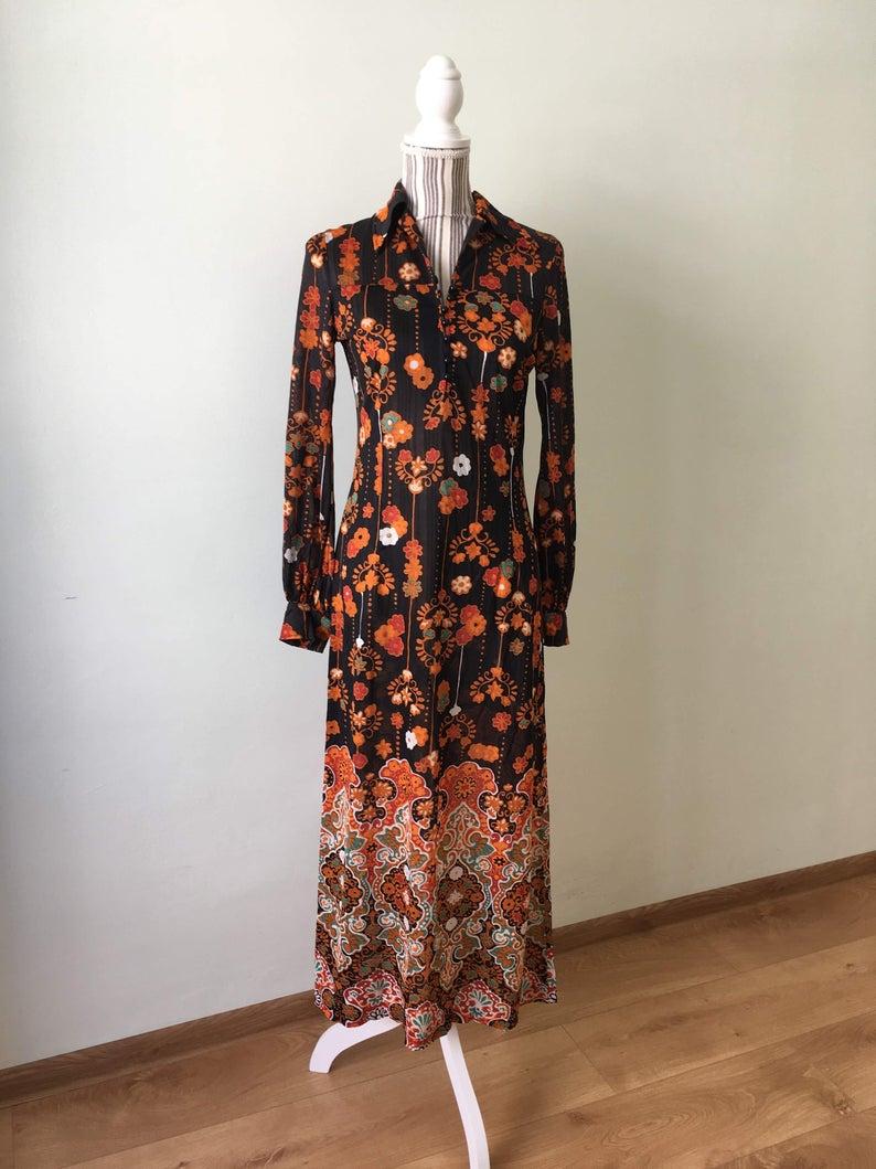 70s Maxi Dress Black Vintage Full Length Dress With Orange Etsy 70s Maxi Dress Black Maxi Dress Full Length Dress [ 1059 x 794 Pixel ]