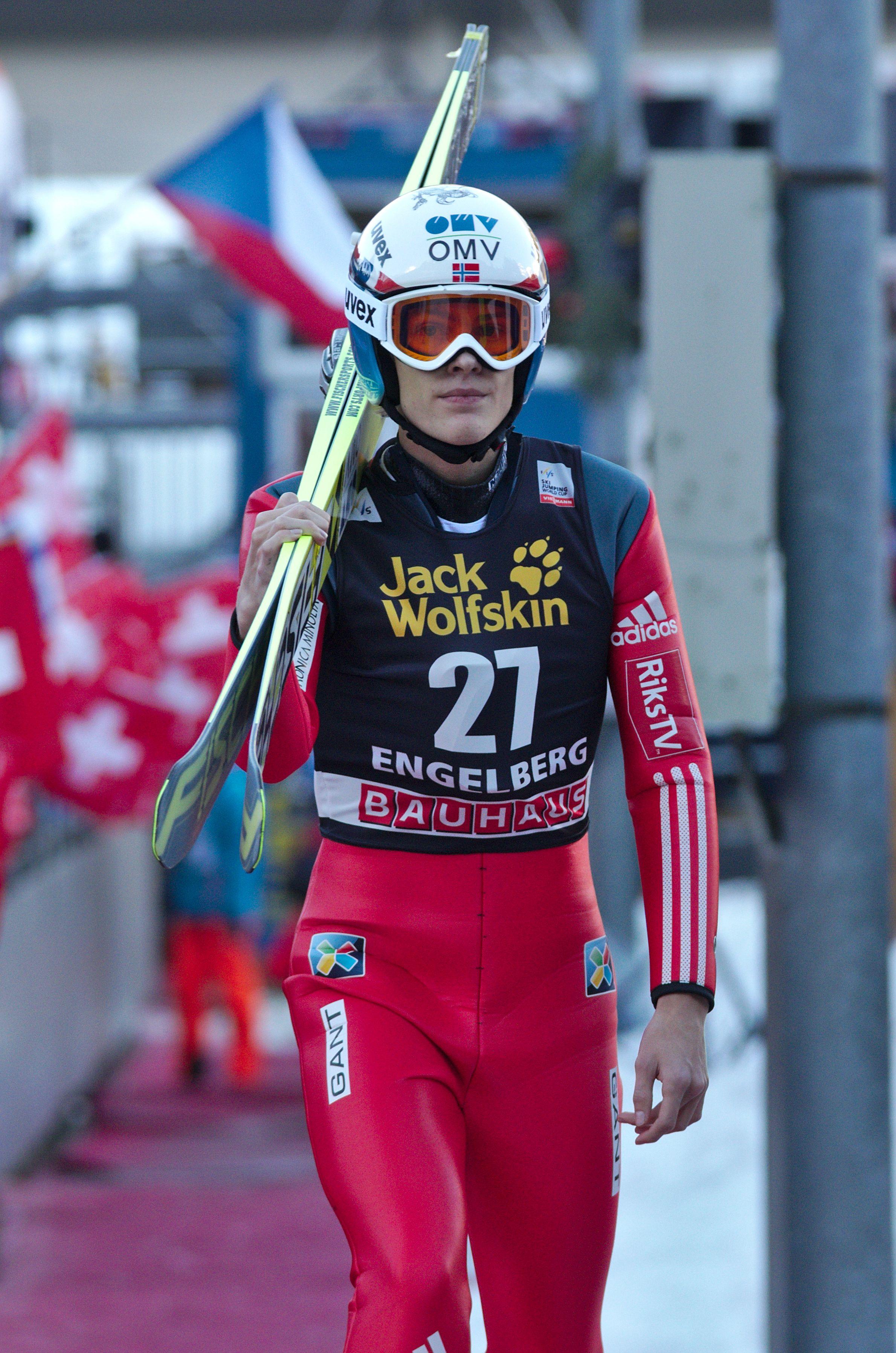 FileFIS Ski Jumping World Cup 2014 Engelberg 20141220