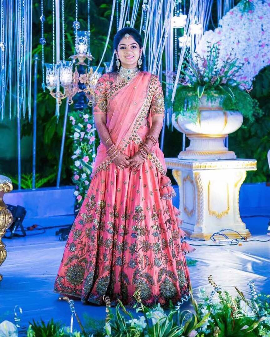 Brides in Mrunalini Rao | Clients in Mrunalini Rao | Pinterest