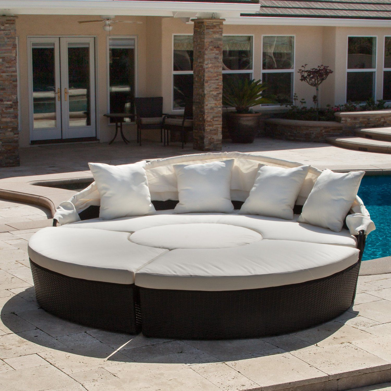 Amazon.com : Bellagio 4-piece Outdoor Daybed Sectional Set : Outdoor ...