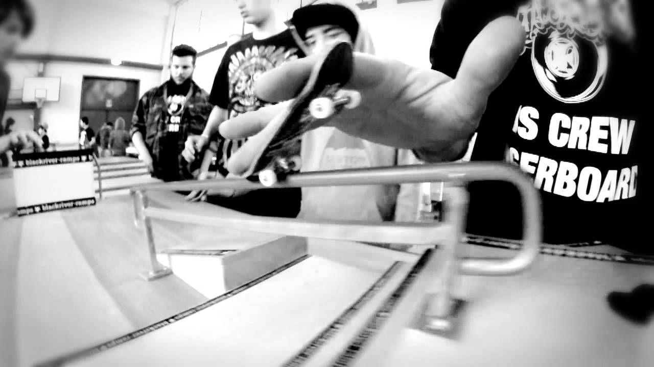 Video ISS-CREW FINGERBOARD AL HT 2013