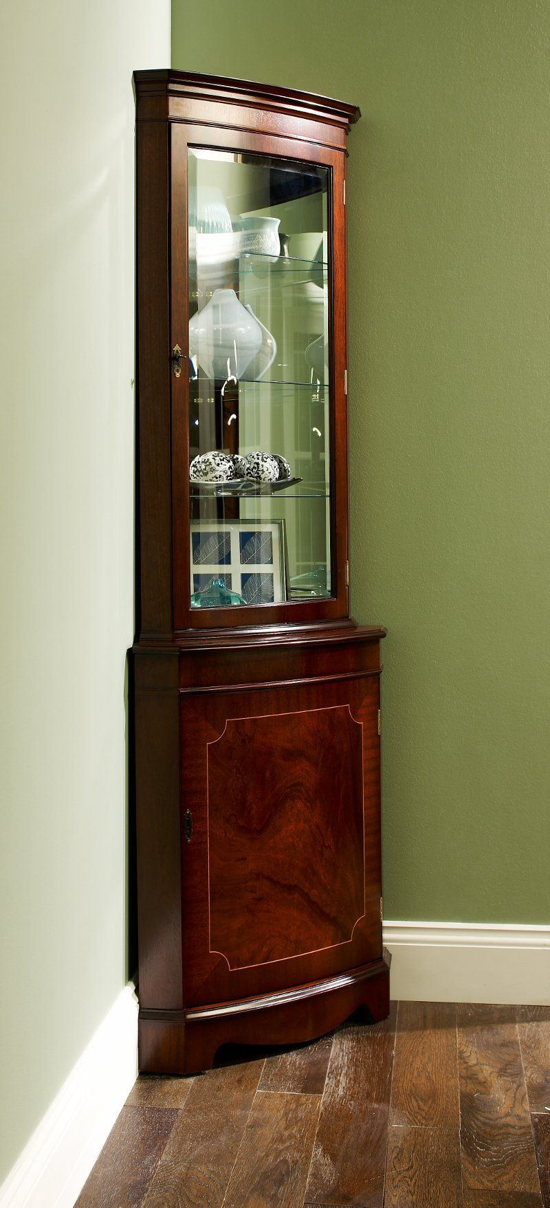 Reproduction Bow Corner Display Cabinet Display Cabinet