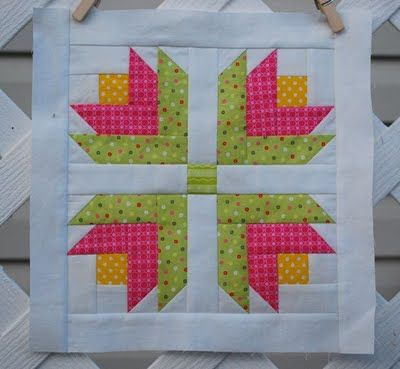 Superb Colors In This Paper Pieced Log Cabin Flower Block From