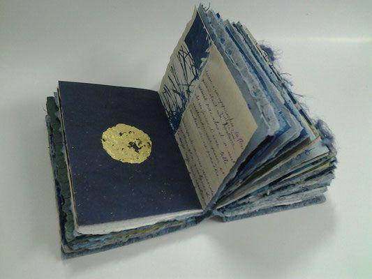 Mes Livres D Artiste Sont Realises En Tres Petite Serie 2 4 Ou 6 Exemplaires Certains En Particulier Les Livres Livre D Artiste Livres Objet Livres Peints