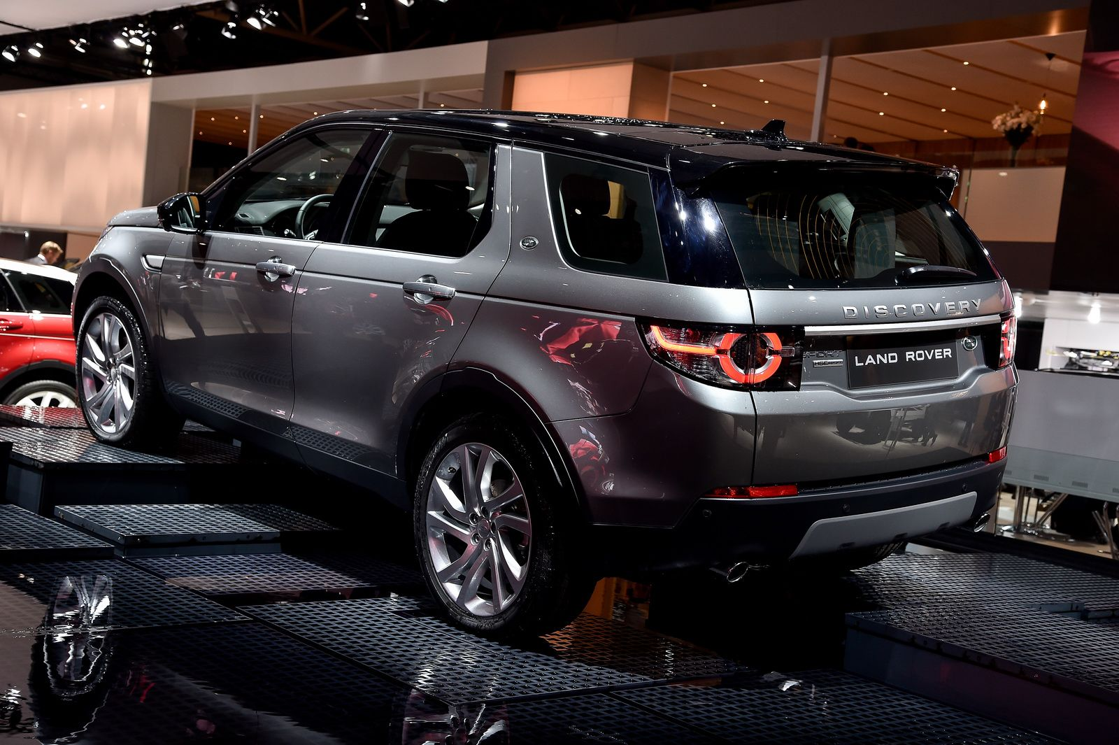 New Discovery Sport Corris Grey Santorini Black Roof Google Search Range Rover
