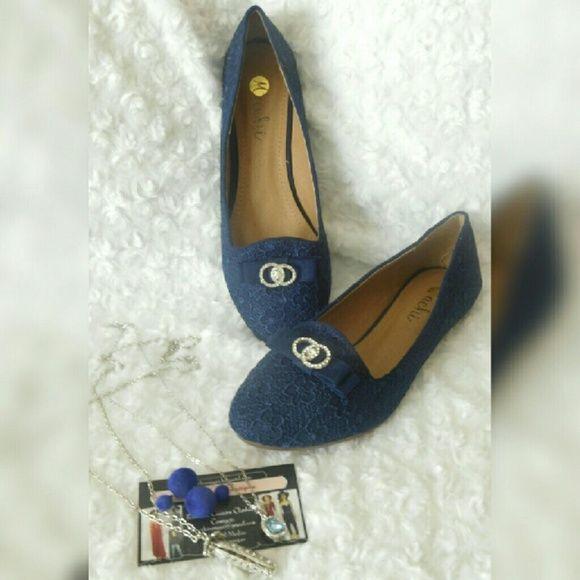 FINAL PRICE Bellah Blue Lace Flat Boutique   Lace flats