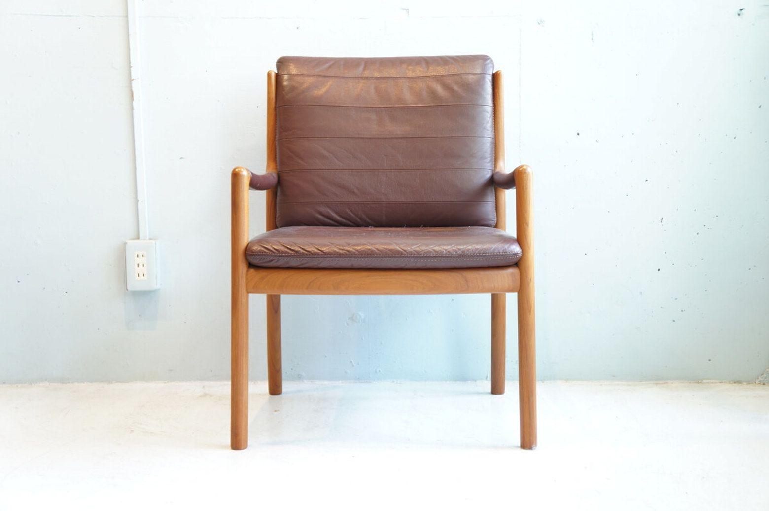 ボード Chairs のピン