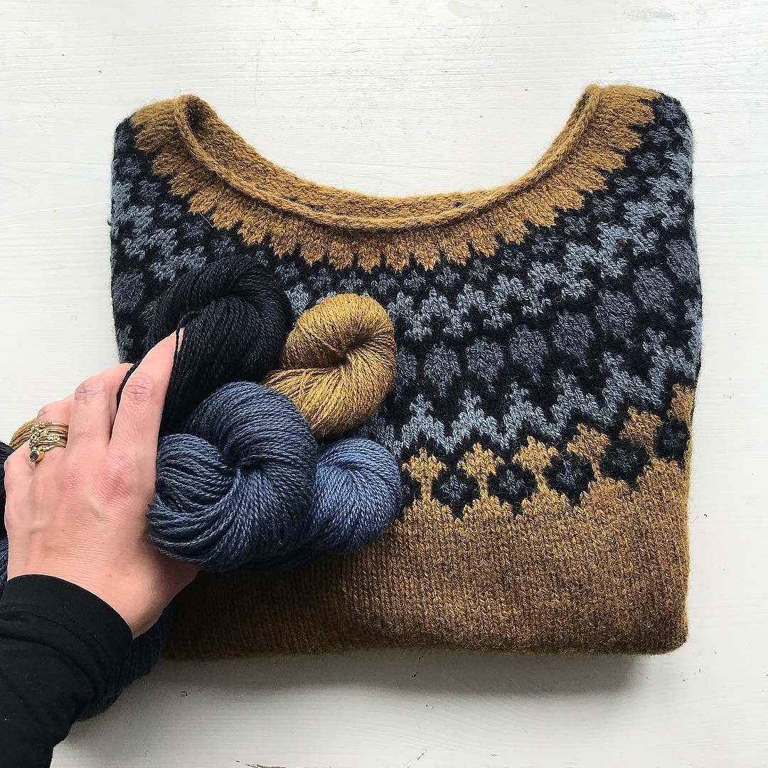 """Photo of Jenn Steingass on Instagram: """"Ok people.. I'm officially obsessed with this Treysta knit by @camillavaddk! (Pattern in @laine_magazine) I keep checking her feed to…"""""""