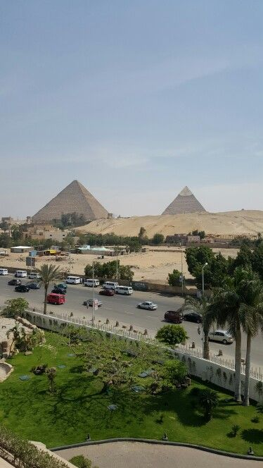 View From Le Meridian Pyramids Hotel Giza Egypt Egipto