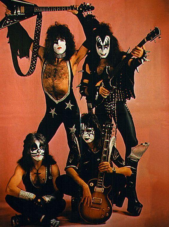Kiss #kiss #classicrock #forthosewholiketorock: