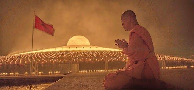 Unidentified Flying Object o Unknown Flying Object: Monaci buddisti e un tempio a forma di UFO