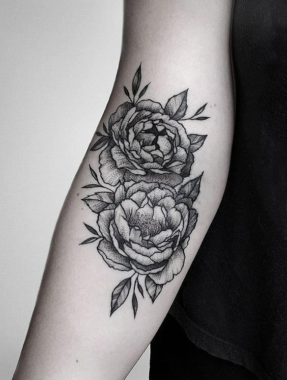 53f87bb62 Lovely flower ditch tattoo | Blackwork Tattoo Ideas | Tattoos ...