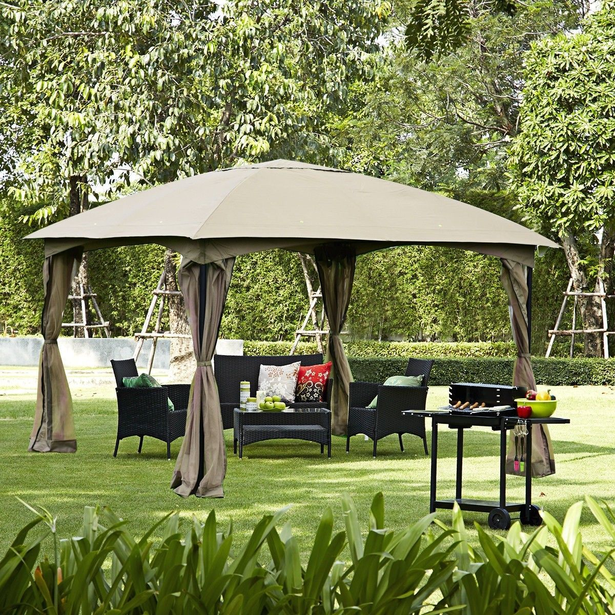 11 5 X 11 5 Fully Enclosed Outdoor Gazebo With Removable 4 Walls