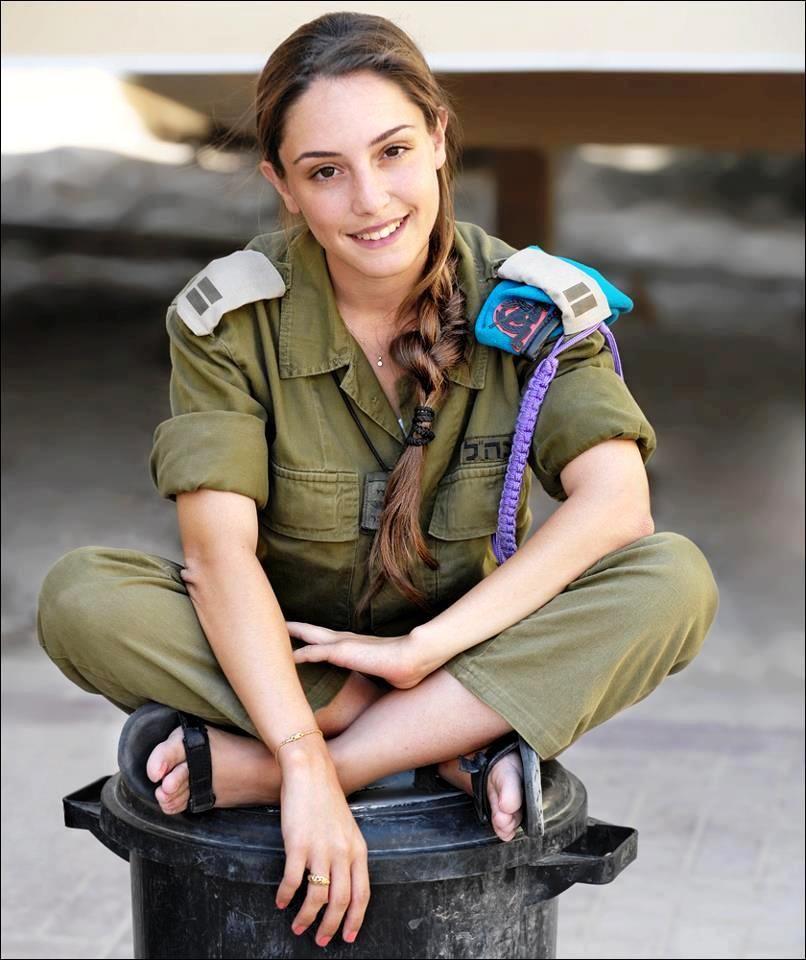 Israeli soldier girl 256 | soldiers | Pinterest | Guns ...