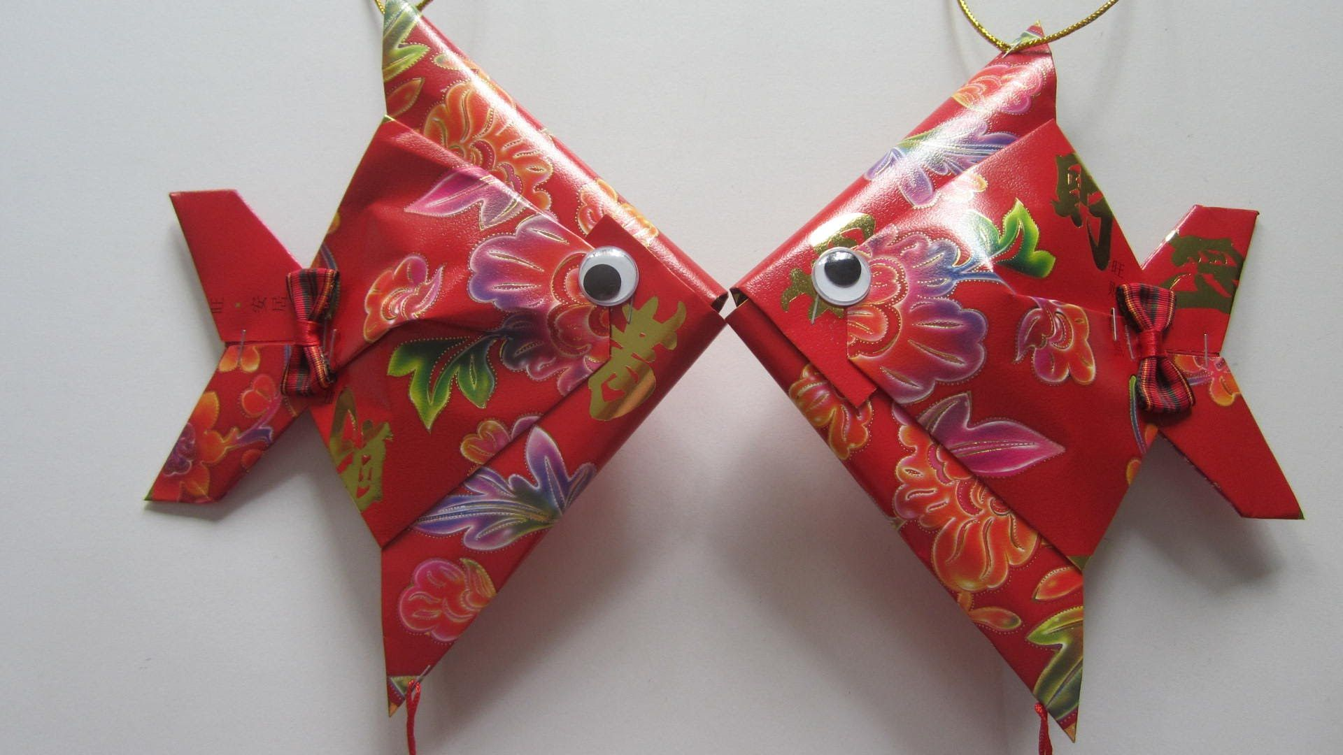 Cny tutorial no 28 small red packet hongbao fish for Ang pow packet decoration