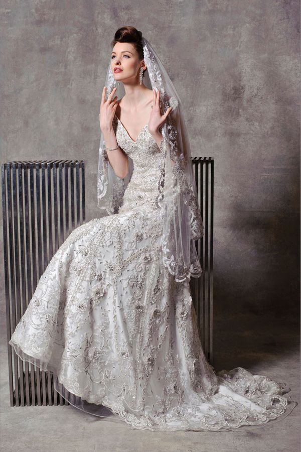 3_Stephen_Yearick Wedding Dress Chicago Beaded Gown Dimitras Bridal