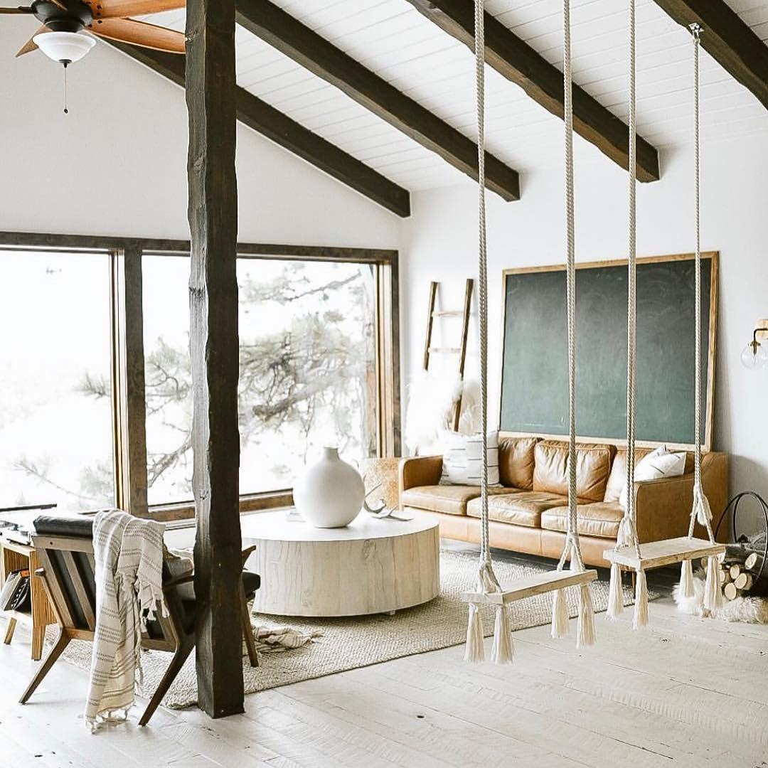 15 Idees Hygge Pour Decorer Ton Appart A Moins De 100 Decoration Maison Idee Deco Maison Deco Maison