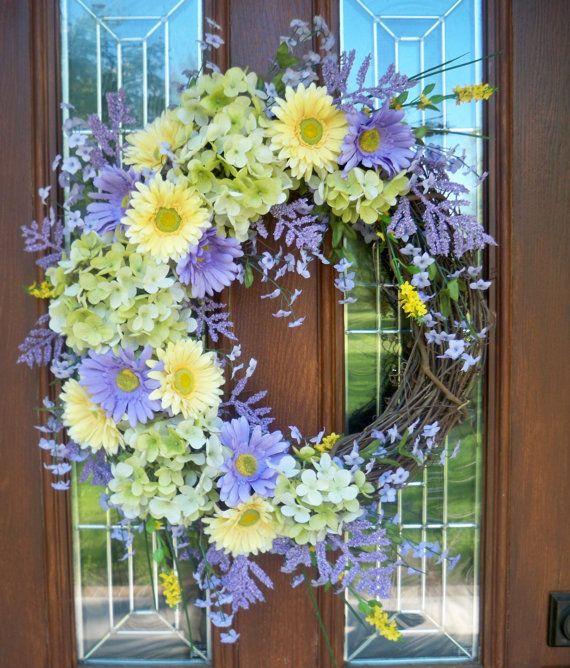 Pin By Garry Boyd On Wreaths Pinterest Wreaths Grapevine