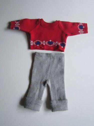 Schoene-alte-Puppenkleidung-Pullover-und-Strickhose
