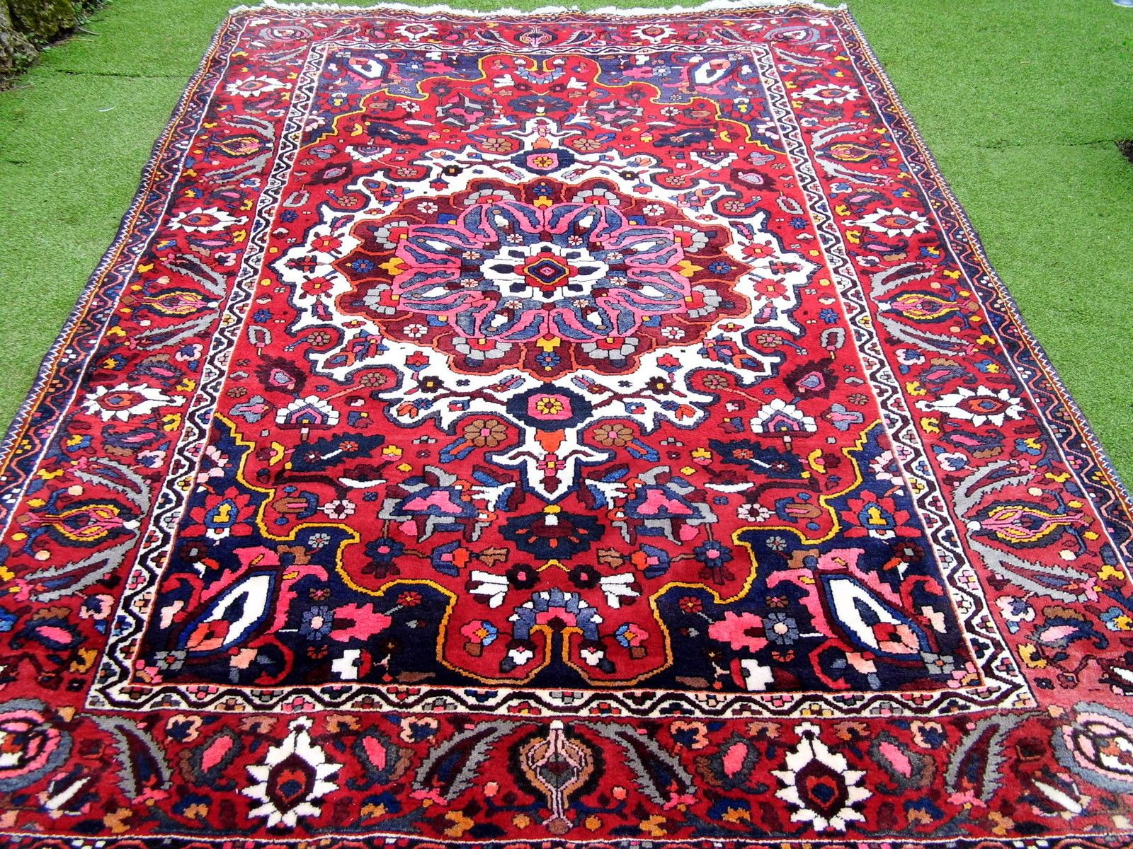 tapis persan somptueux bachtiary fait