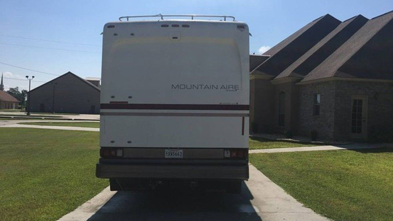 1999 Newmar Mountain Aire For Sale Near Las Vegas Nevada 89119 Rvs On Autotrader Rvs For Sale Mountains Outdoor
