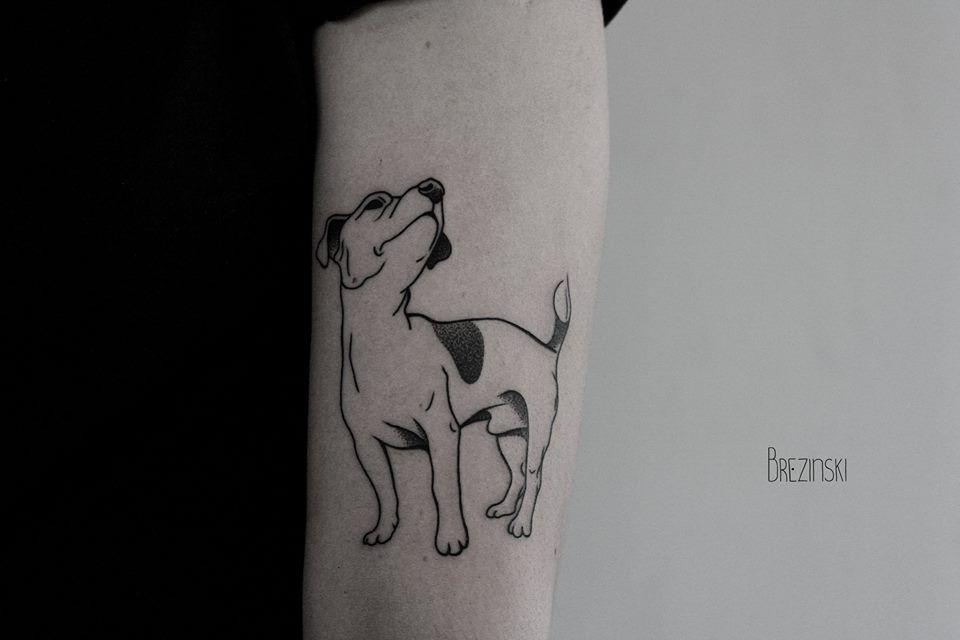 É a segunda vez que o tatuador russo Ilya Brezinski aparece aqui no Hypeness, e estamos tão impressionados quanto na primeira. A técnica está mais variada, mas os resultados continuam sensacionais.  Se Brezinski antes focava bastante no pontilhismo, ou dotwork, como destacamos em outro post, agora ele alterna o estilo com o blackwork, impre...