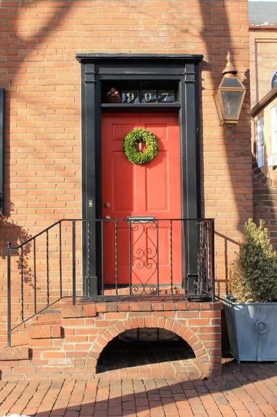 Why Are So Many Front Doors Red? | Front doors, Apartment therapy ...