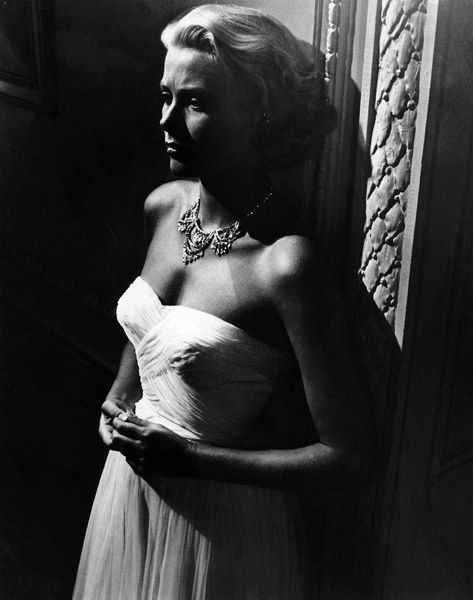 Grace Kelly love the light in this shot - shows a darkness.