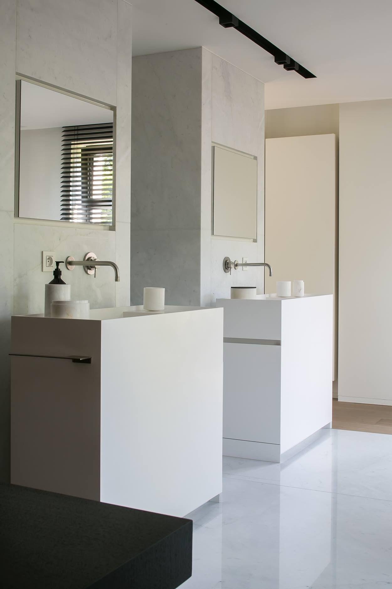 minimal bathroom | home reno ideas | Pinterest | Minimal bathroom ...