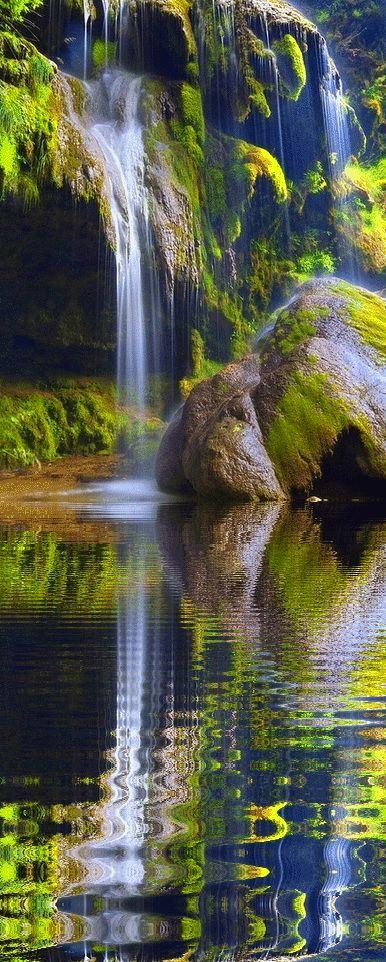 Waterfall Reflection Beauty Nature Hoho Pics Beautiful Nature Beautiful Waterfalls Nature Photography